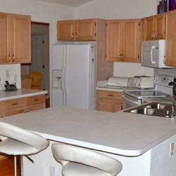 Orlando vacation homes with full size Kitchens.